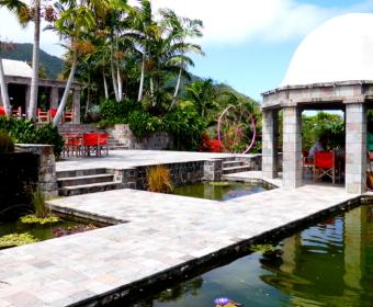 Nevis Hotel G R