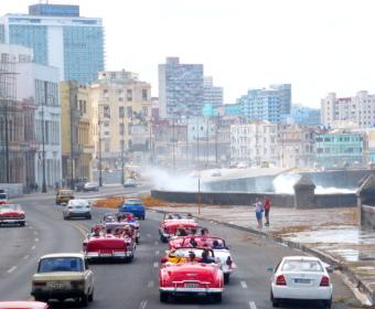 Havanna, Malecon bei Nordwindlage